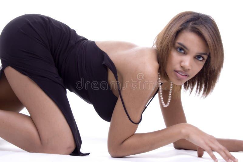 Posa selvaggia e sexy fotografia stock