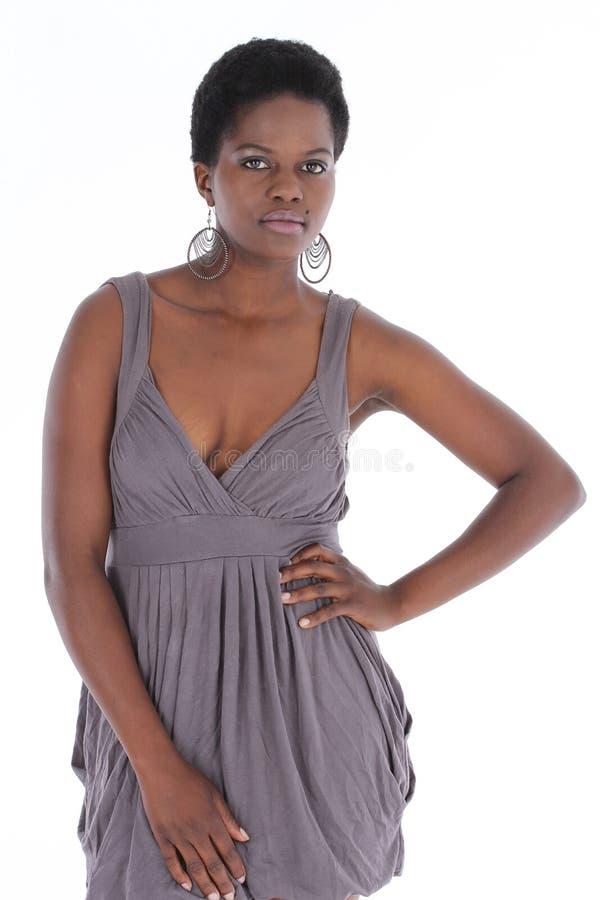 Pose africaine de femelle photographie stock libre de droits