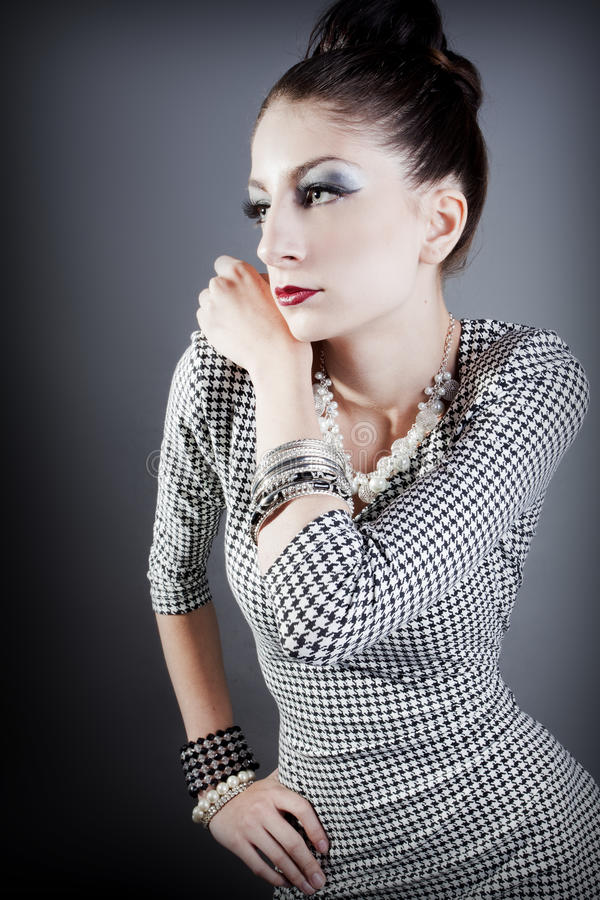 Pose de modèle de mode photos stock