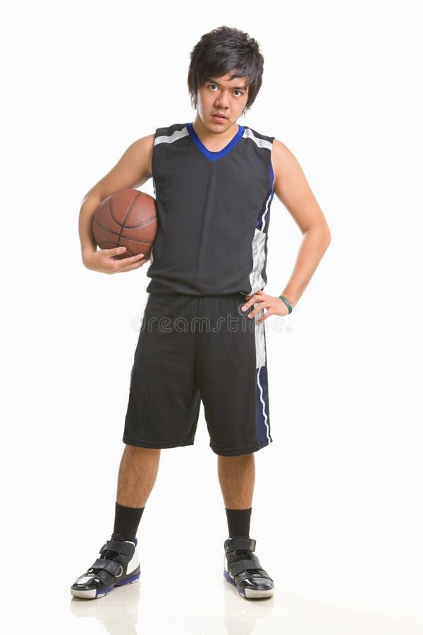 Pose do jogador de basquetebol imagens de stock