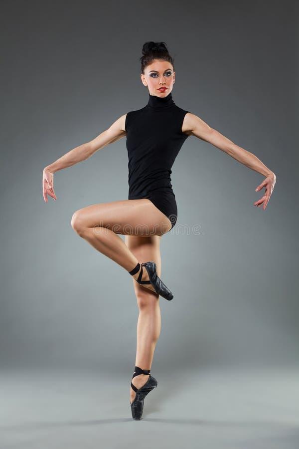 Pose du danseur de ballet photos libres de droits