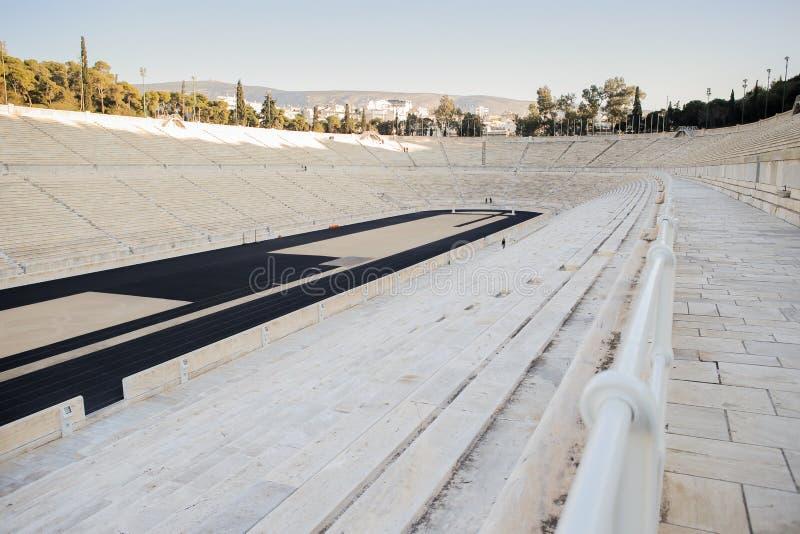 Pose le détail du stade de Panathenaic, un stade universel à Athènes, Grèce photographie stock