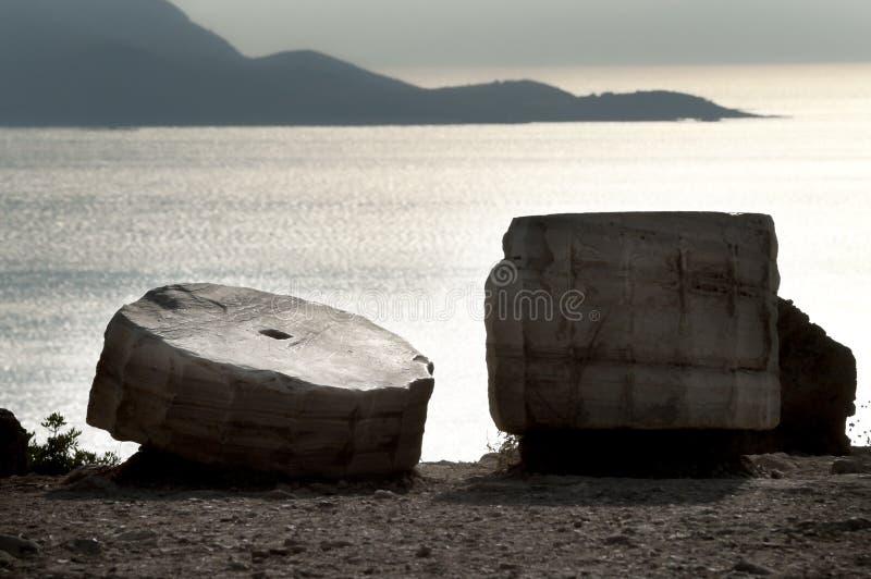Poseidon tempel i solnedgång arkivfoto