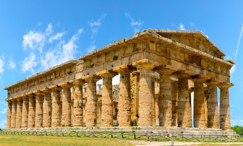 Poseidone tempel Paestum Italien royaltyfria foton