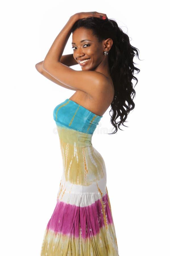 posera kvinna för afrikansk amerikan arkivbild