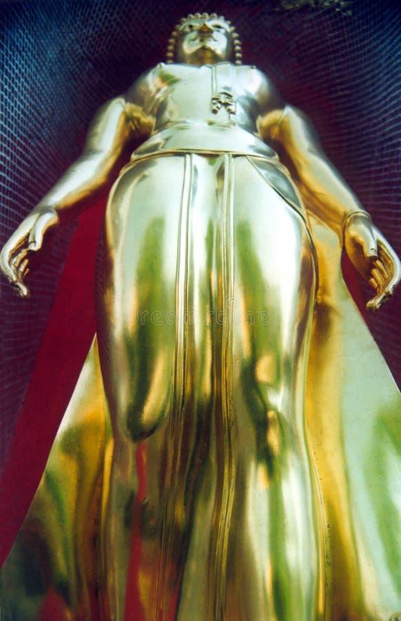 Posição dourada do budha fotografia de stock