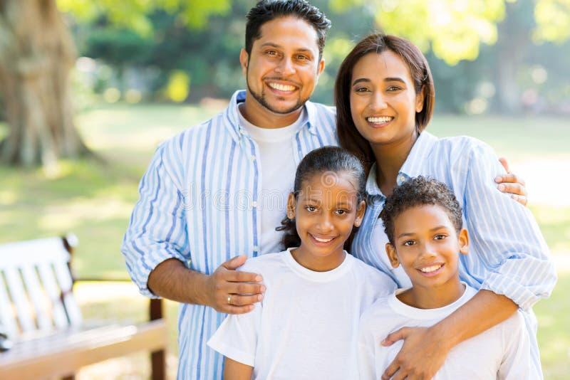 Posição indiana da família imagem de stock