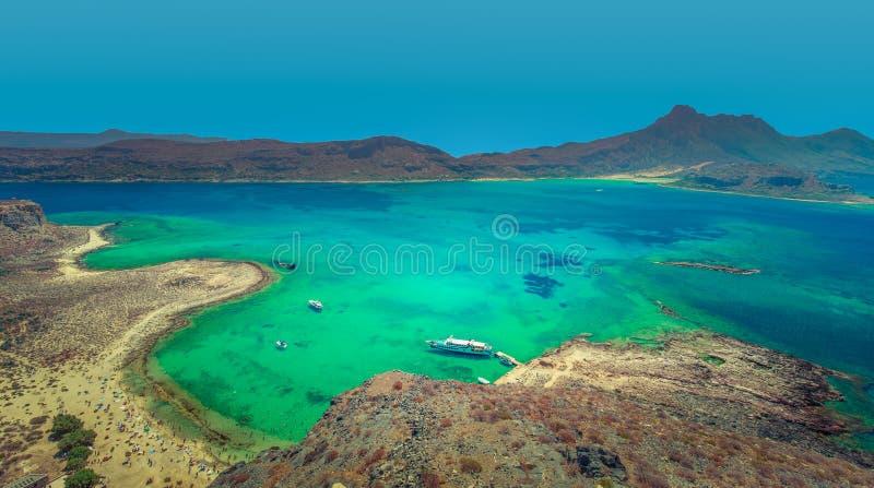 Posição vantajosa alta na praia de Gramvousa na ilha da Creta, Grécia imagem de stock