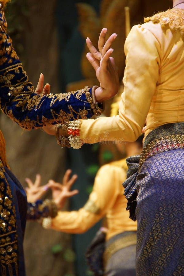 Posições rituais da mão de dançarinos do apsara imagem de stock royalty free