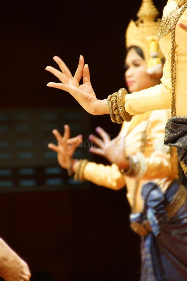 Posições rituais da mão de dançarinos do apsara imagens de stock