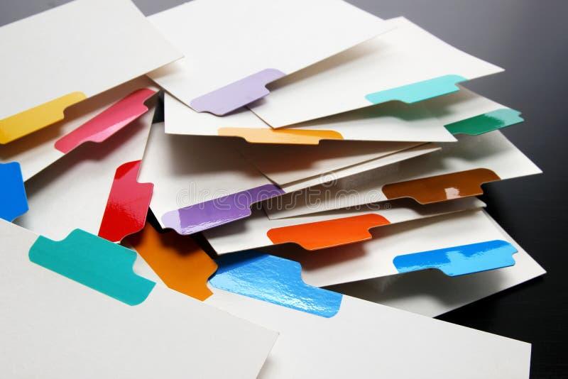 Posicione cartões com etiquetas da cor fotografia de stock royalty free