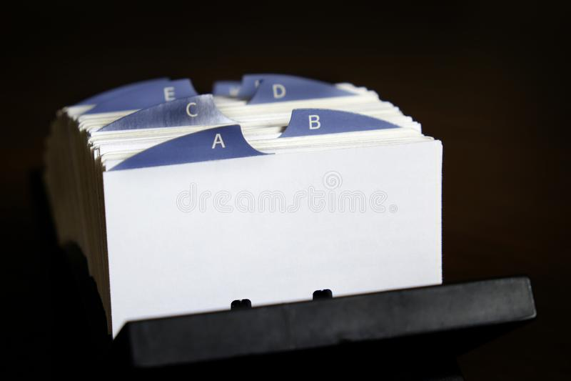 Posicione cartões para contatos comerciais e comunicação fotos de stock