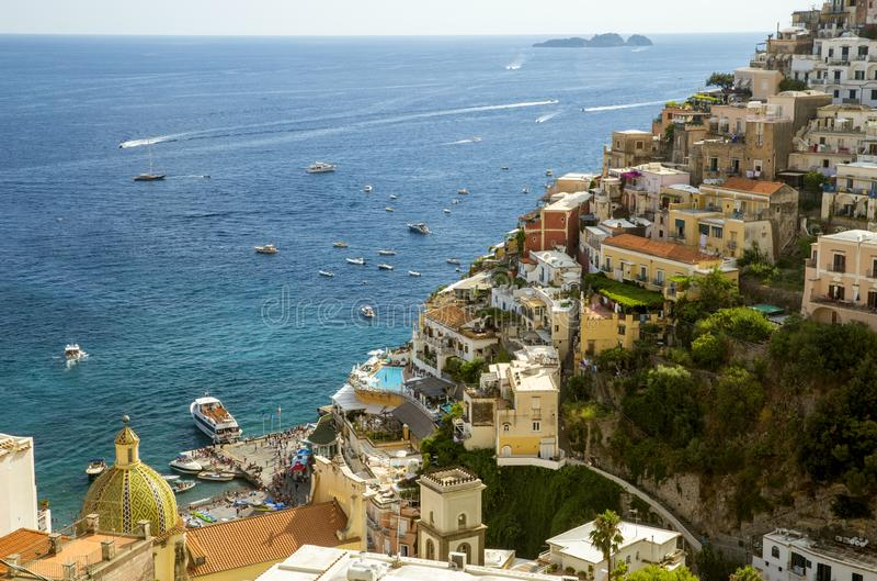 Positano-Stadt auf Amalfi-Küste, Italien lizenzfreies stockbild
