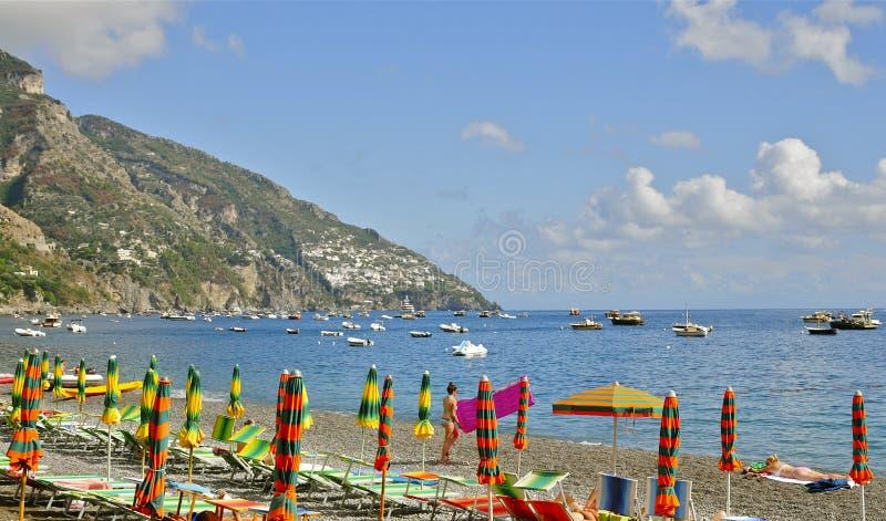 Positano strand; Amalfi kust fotografering för bildbyråer
