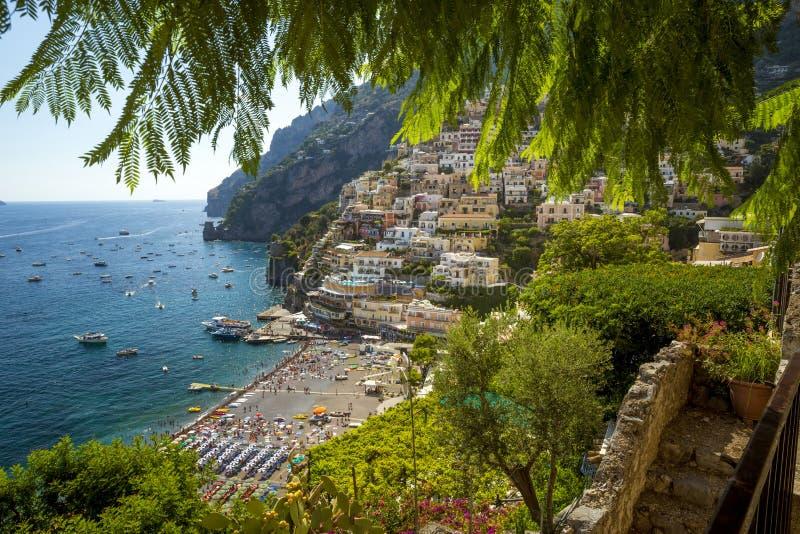 Positanostad op Amalfi kust, Italië stock foto