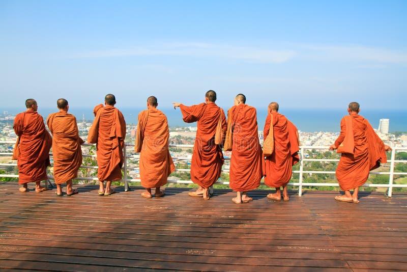 Position de moine de groupe image libre de droits