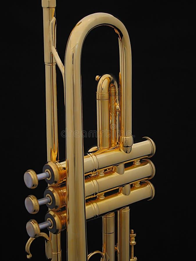 Position de trompette d'or image stock
