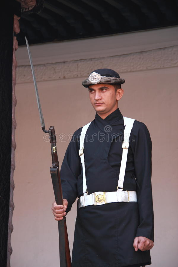 Position népalaise de garde. photos libres de droits