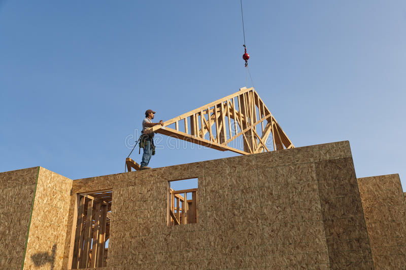 Positioning Roof Trusses Stock Photography