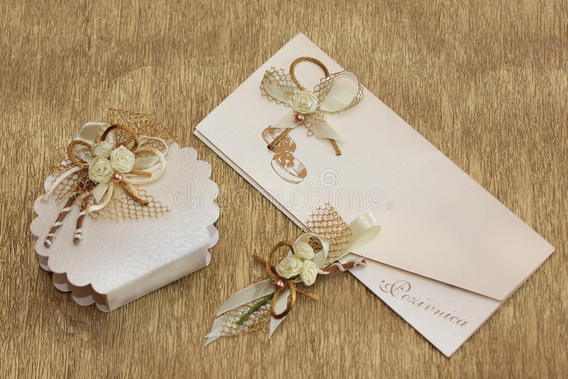 Positionnement d'invitation de mariage photographie stock