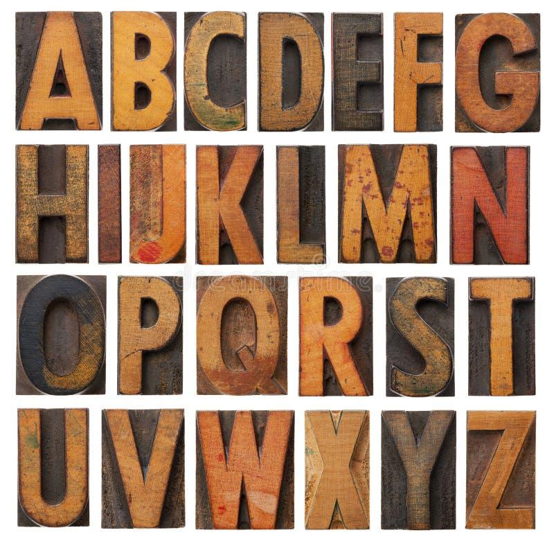 Positionnement en bois d'alphabet de cru photo libre de droits