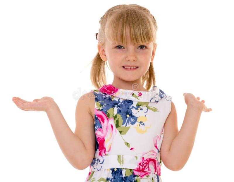 Positiv überraschte wellenartig bewegende Hände des kleinen Mädchens lizenzfreie stockfotos