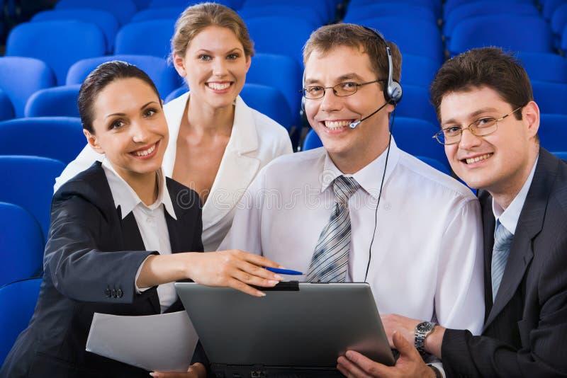 Positive Geschäftsausbildung lizenzfreie stockfotos