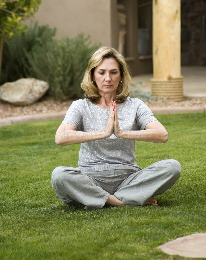 Posizione 4 di yoga immagine stock libera da diritti