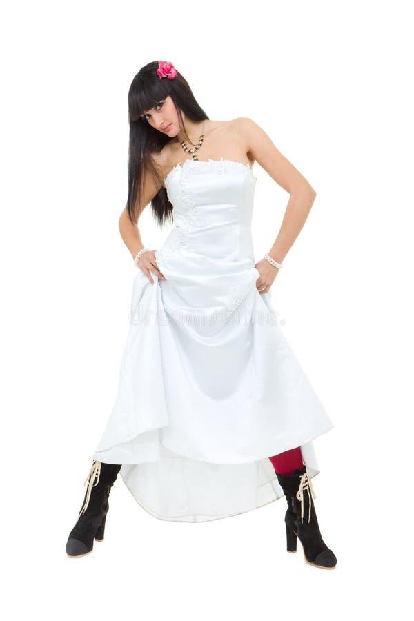 Posizione attraente della sposa immagini stock libere da diritti