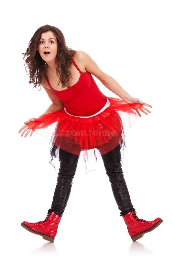 Posizione moderna della ballerina sorpresa immagini stock libere da diritti