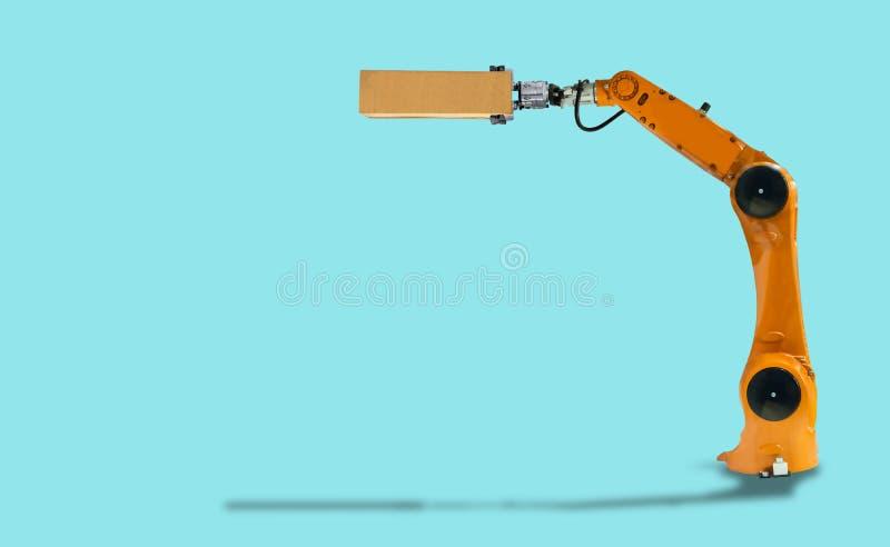 Posse do braço do robô a tecnologia mecânica da indústria da caixa fotos de stock royalty free