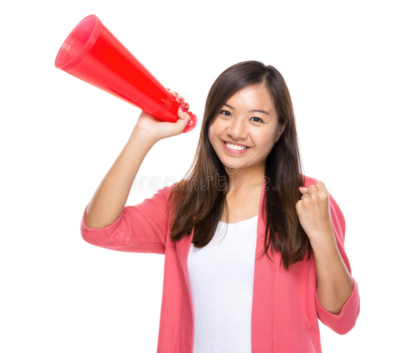 Posse feliz da mulher com megafone imagens de stock