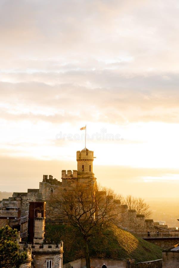 Possibilità remota di Lincoln Castle famoso, Lincolnshire, presa al tramonto prima dei nuovi anni EVE di 2018 fotografia stock libera da diritti