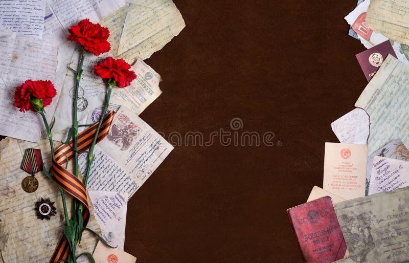 9 possono La natura morta ha dedicato a Victory Day con il posto per l'Istituto centrale di statistica immagine stock