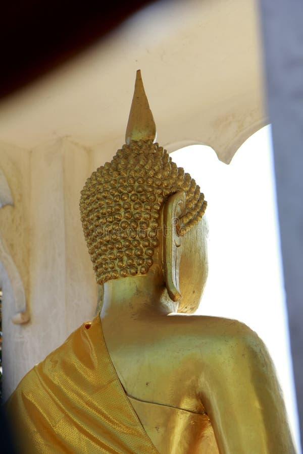 Postérieur de statue de Bouddha images stock