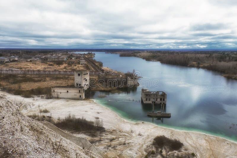 Post-apocalyptische ruïnes royalty-vrije stock fotografie