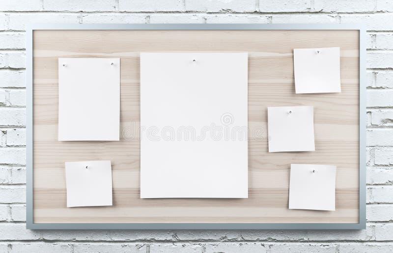 Post-It an Bord, Weißbuch auf der Wand stockfoto