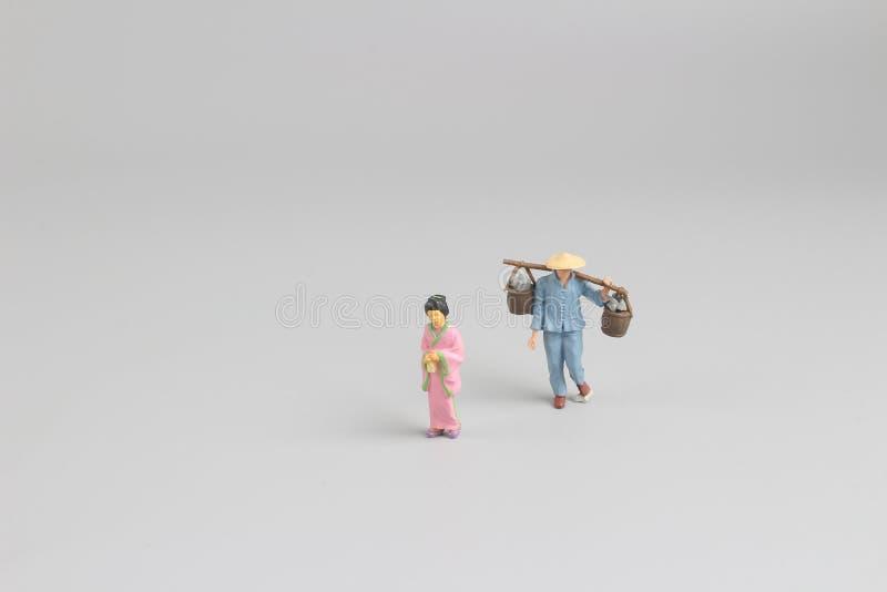 postać na azjata przy bielem zdjęcia stock