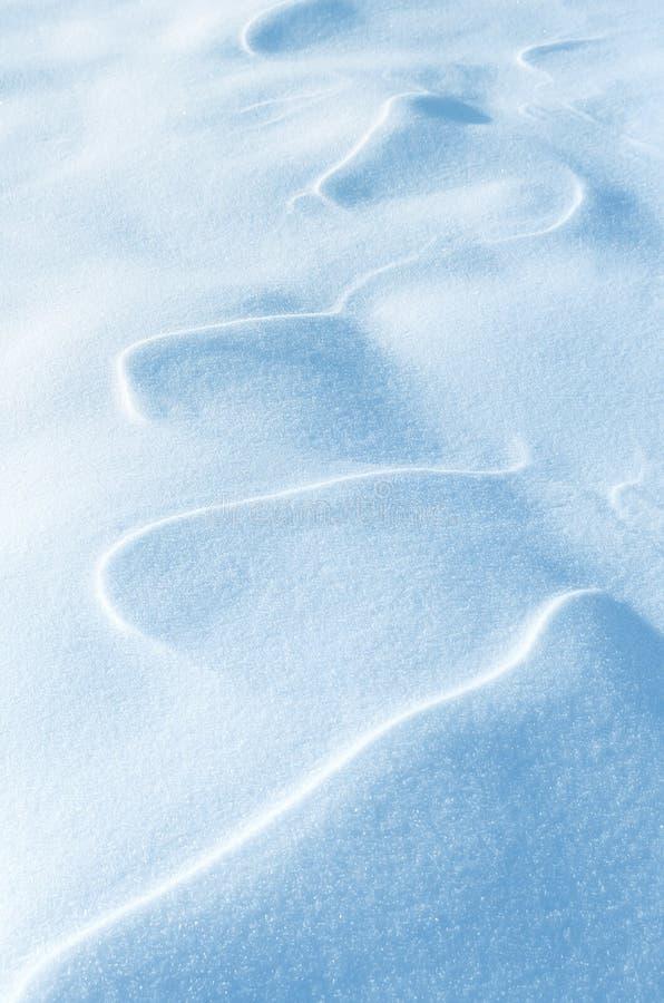 Postać wiatr na śniegu obraz royalty free