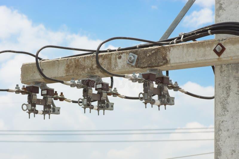 Posta di elettricità con il fusibile fotografie stock libere da diritti
