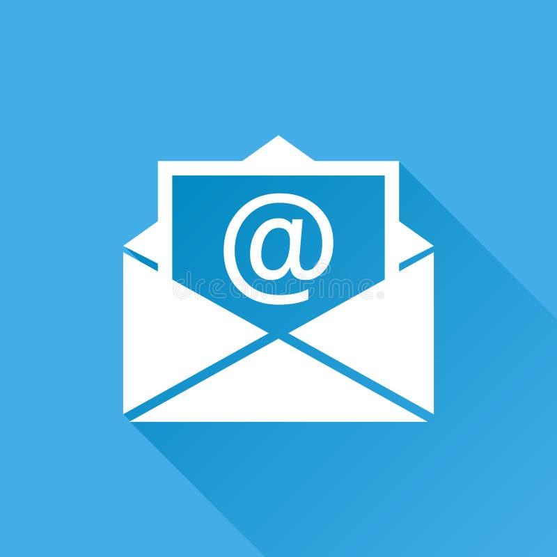 Posta kuvertsymbolsvektorn som isoleras på blå bakgrund med länge stock illustrationer