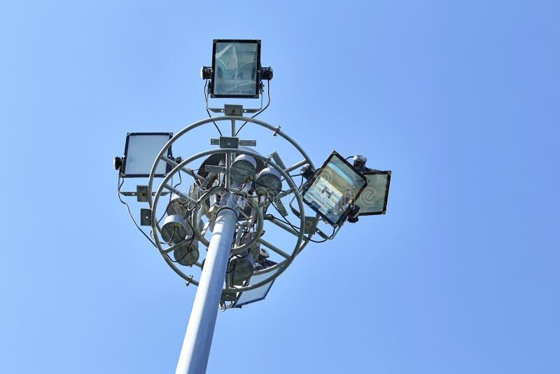 Posta leggera di sport sul bello fondo del cielo fotografia stock