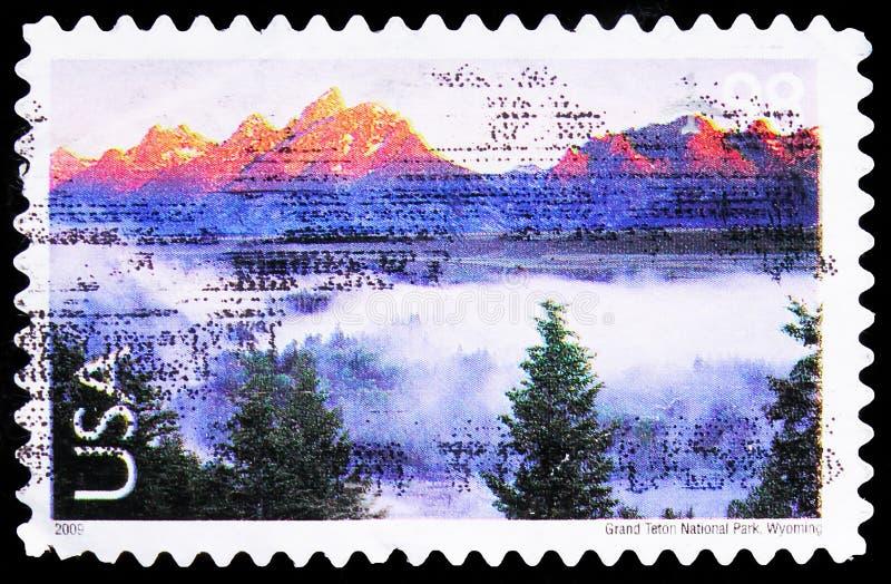Postagstämpel i Förenta staterna visar Grand Teton National Park Wyoming, Landscapes serie, circa 2009 arkivbild