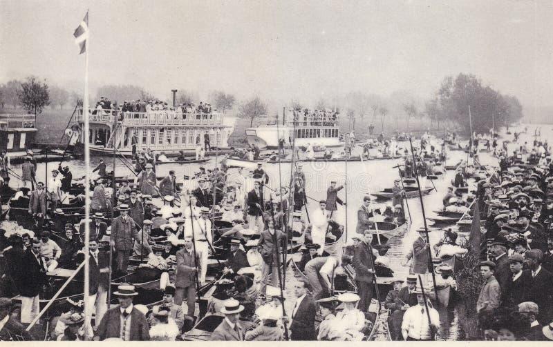 Postal de la foto de muchedumbres de gente para la semana de Eights, Oxford, c 1900 imágenes de archivo libres de regalías