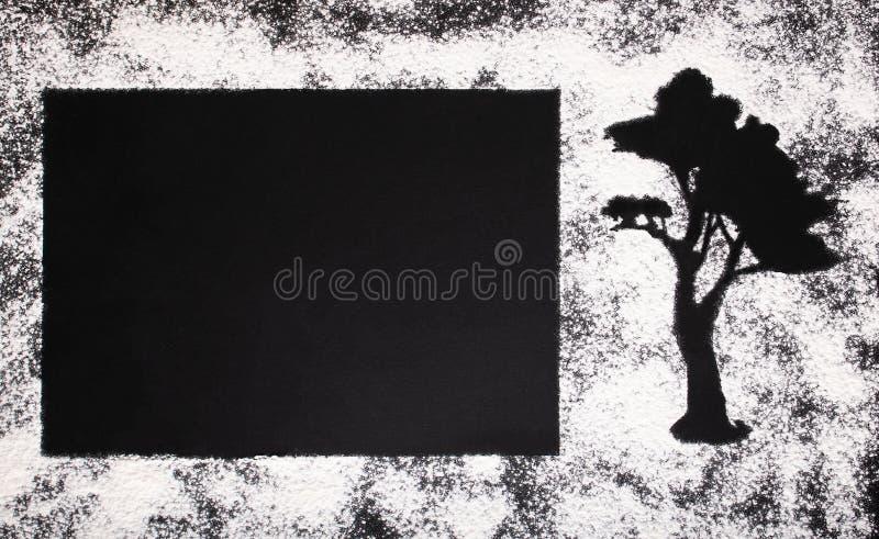 Postal elegante de la harina de trigo blanca y de los pasteles de madera africanos imagen de archivo