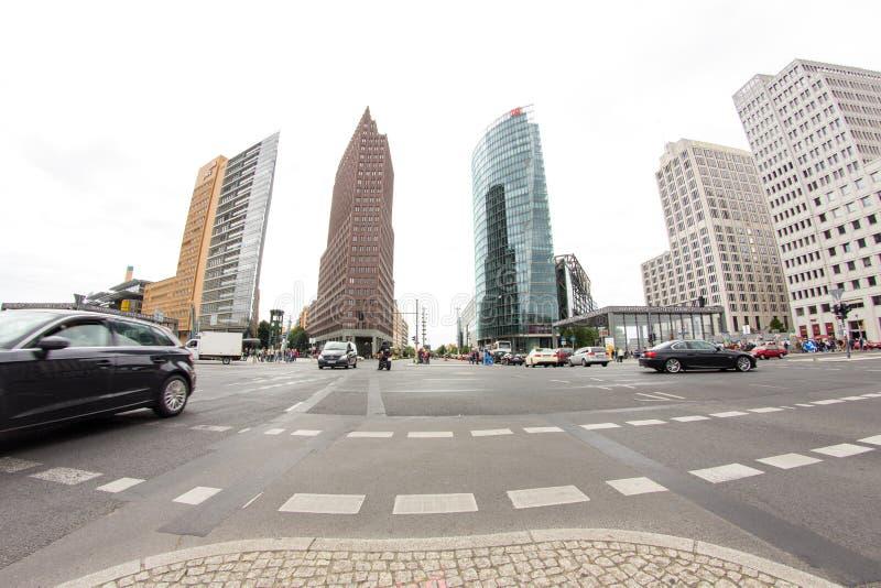 Download Postamer Platz En Berlín, Alemania Imagen de archivo editorial - Imagen de edificio, redondo: 42428659