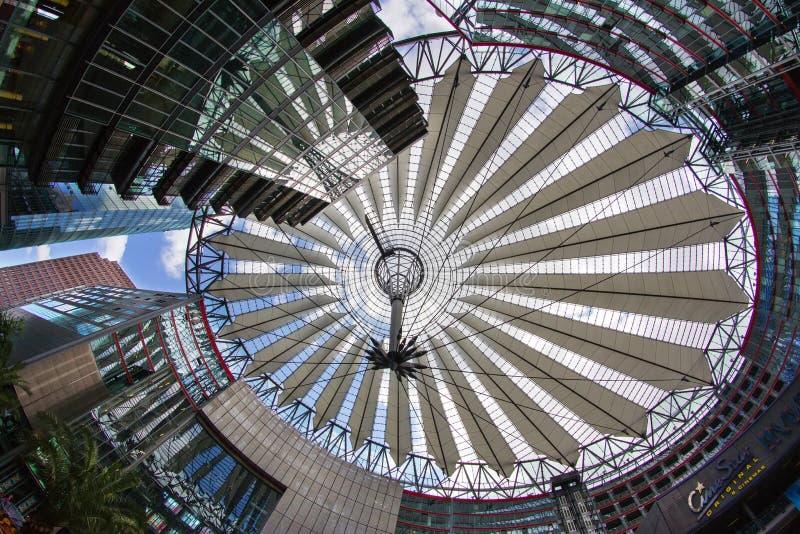 Download Postamer Platz En Berlín, Alemania Foto editorial - Imagen de línea, construido: 42428896