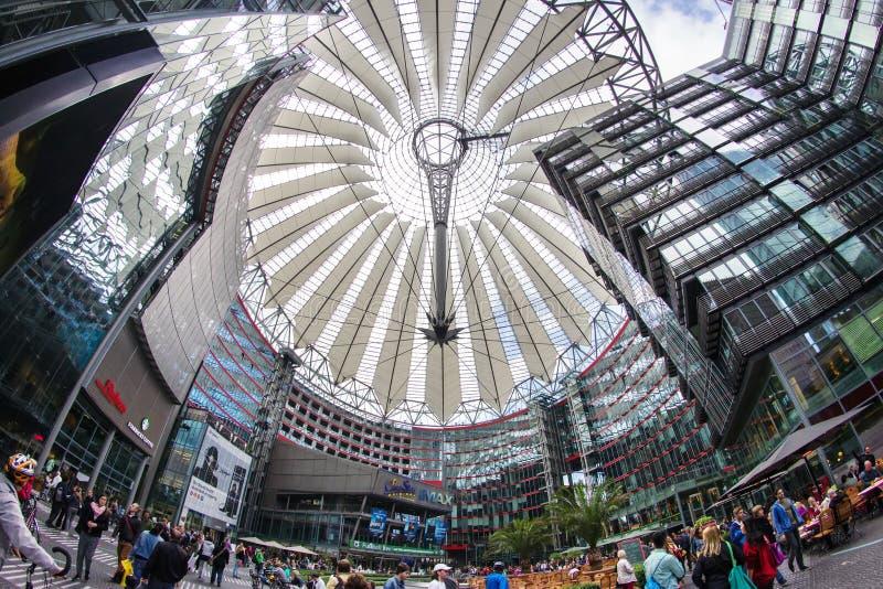 Download Postamer Platz En Berlín, Alemania Foto de archivo editorial - Imagen de construcción, cuadrado: 42428983