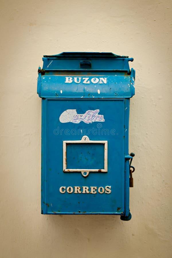 Postbox för post på den Havan gatan royaltyfri foto
