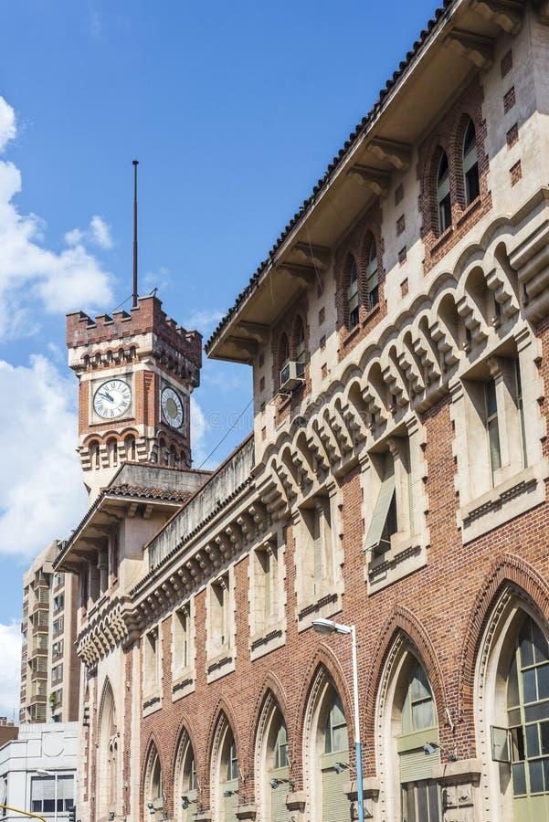 Postbyggnad i Tucuman, Argentina. arkivbild